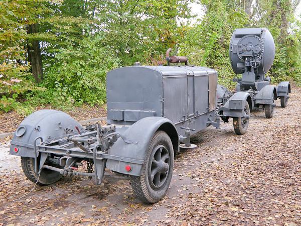 Le Projecteur de 150 cm Sw. 37 et sa remorques SdAnh. 104 12061210