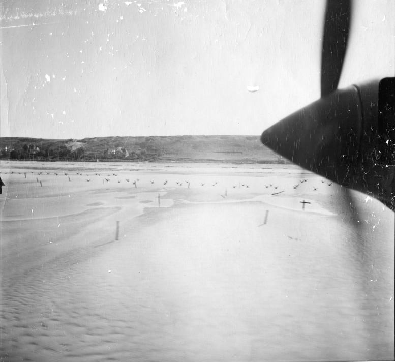 2 - Les obstacles sur la plage d'Omaha à Vierville 1944ma13