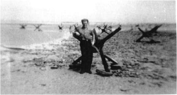 2 - Les obstacles sur la plage d'Omaha à Vierville Heriss10