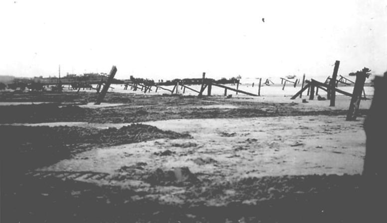 2 - Les obstacles sur la plage d'Omaha à Vierville Plageo10