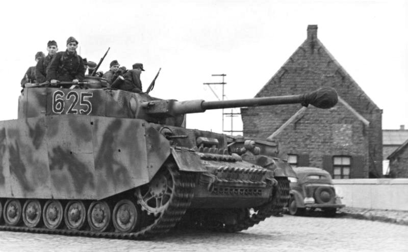 Panzerjäger ! la lutte antichar ! - Page 2 Scharz10