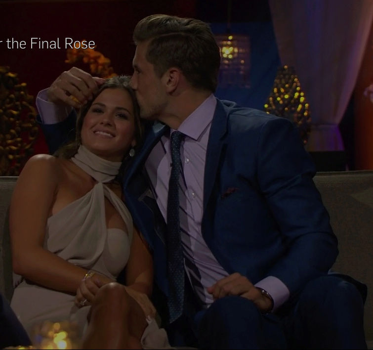 JoJo Fletcher - Jordan Rodgers - FAN Forum - SM - Fan Vids - S/Caps - NO Discussion  - Page 6 Screen25