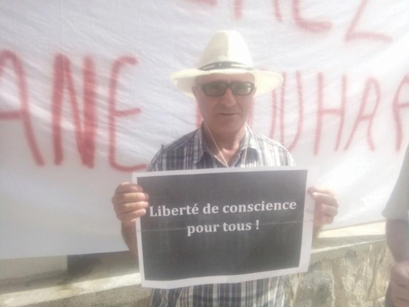 Rassemblement pour exiger la libération immédiate de Slimane Bouhafs à Aokas  510
