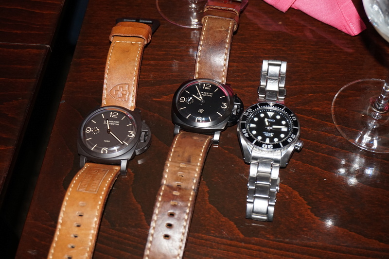 montres de + de 1000 euros - Page 40 Dsc00411