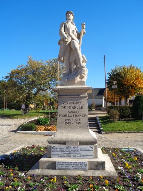 Monument aux morts 39 45 Nibelle Monume10