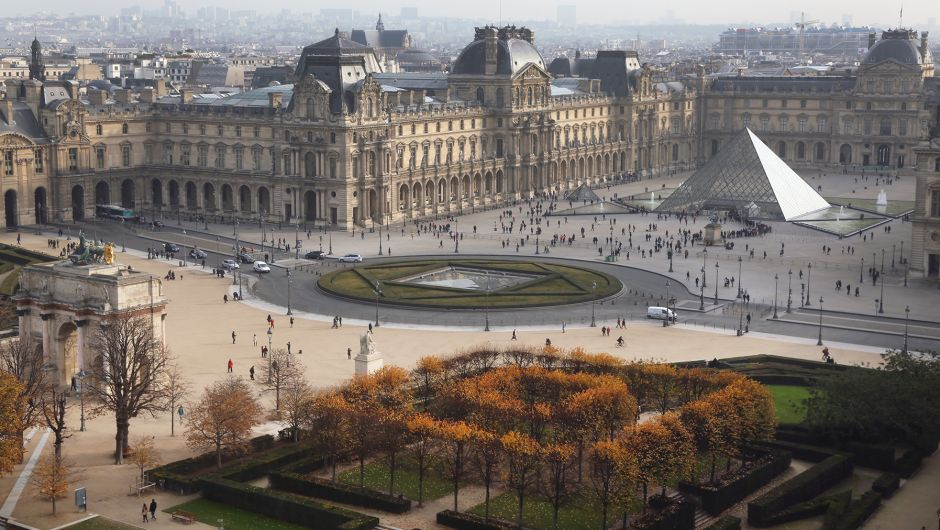 Arte 09/07 : Les batailles du Louvre (1 & 2) 05515910