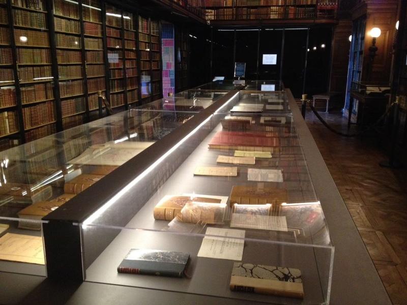 Chantilly, cabinet des livres : le duc d'Aumale historien Crikox10