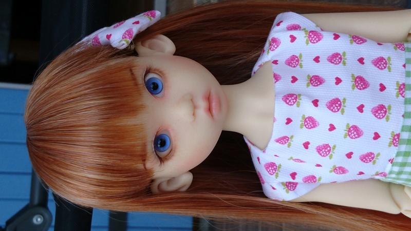Gracie a un nouveau make up et nouvelle tenue le 15/08/16 - Page 5 Dsc_0016