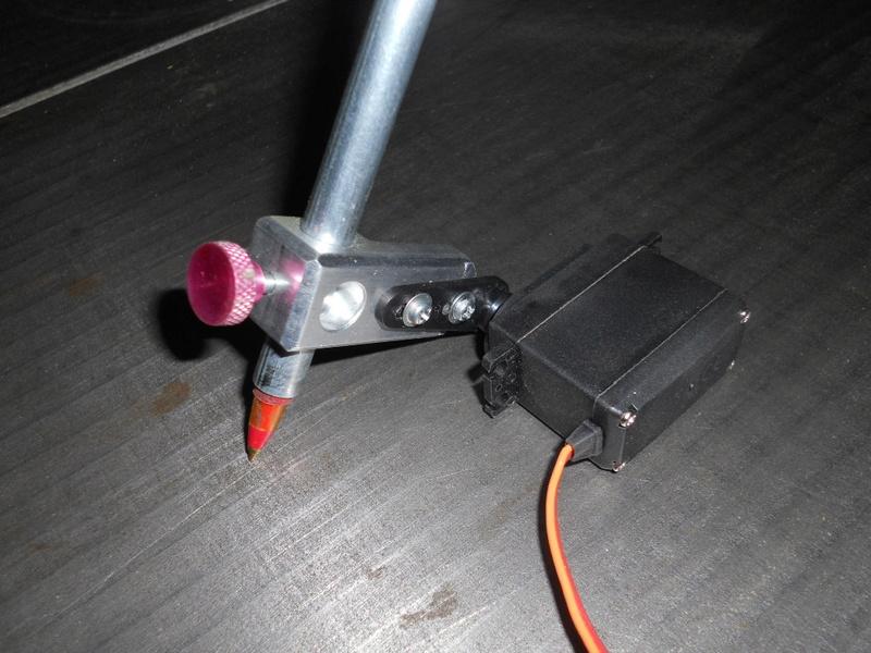 M4RC3L, robot dessinateur Dscn4910