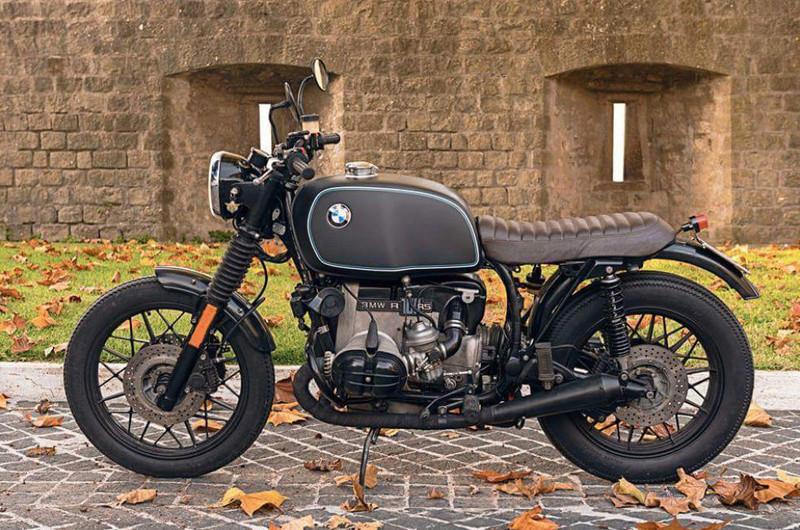 C'est ici qu'on met les bien molles....BMW Café Racer - Page 40 Crc2310