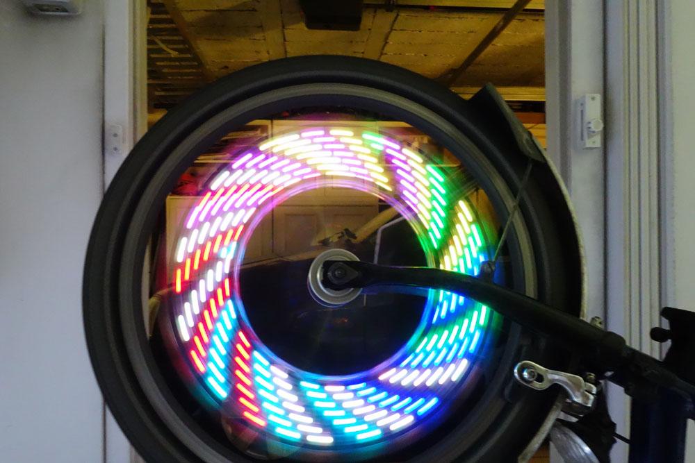 Leds à motif pour rayons de roue (avant) Dsc03913