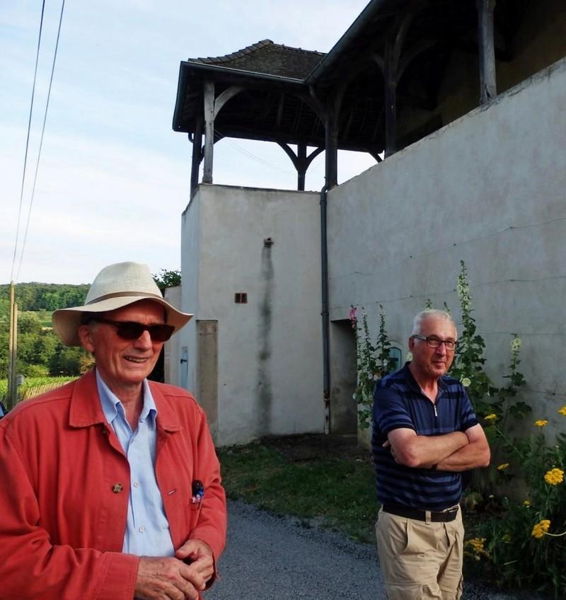 """Lugny (71) : photos de la 4e marche du patrimoine (vendredi 8 juillet 2016) """"Les marcheurs incollables sur le patrimoine"""" (""""Le JSL"""" du mardi 12 juillet 2016) Lugny_34"""