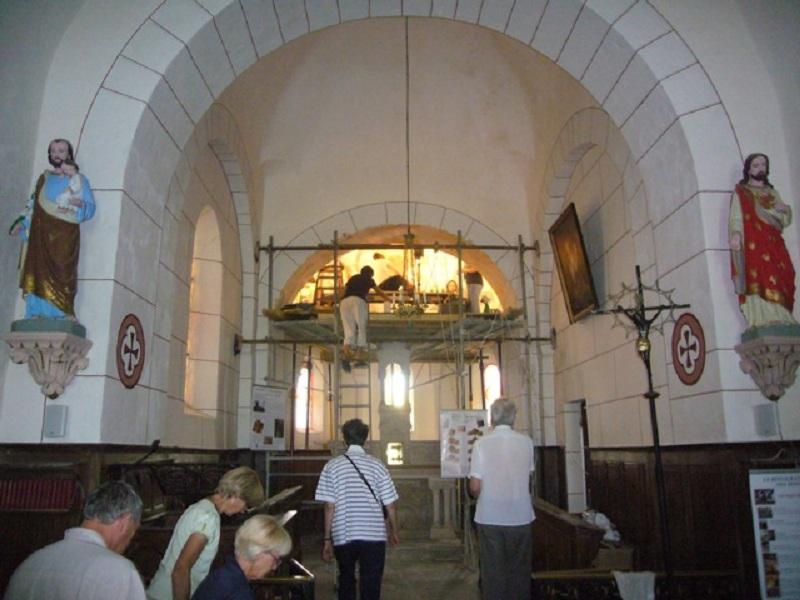 Le chantier de restauration des peintures murales de l'église de Buffières (août 2012) P1150129