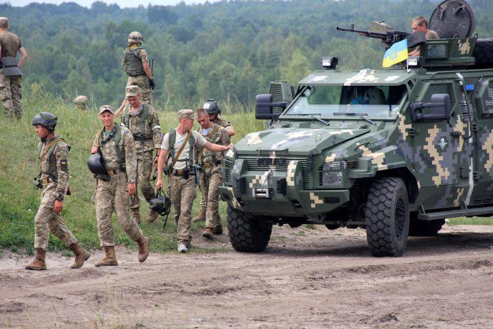 Ukrainian Armed Forces / Zbroyni Syly Ukrayiny - Page 14 Ukrain11