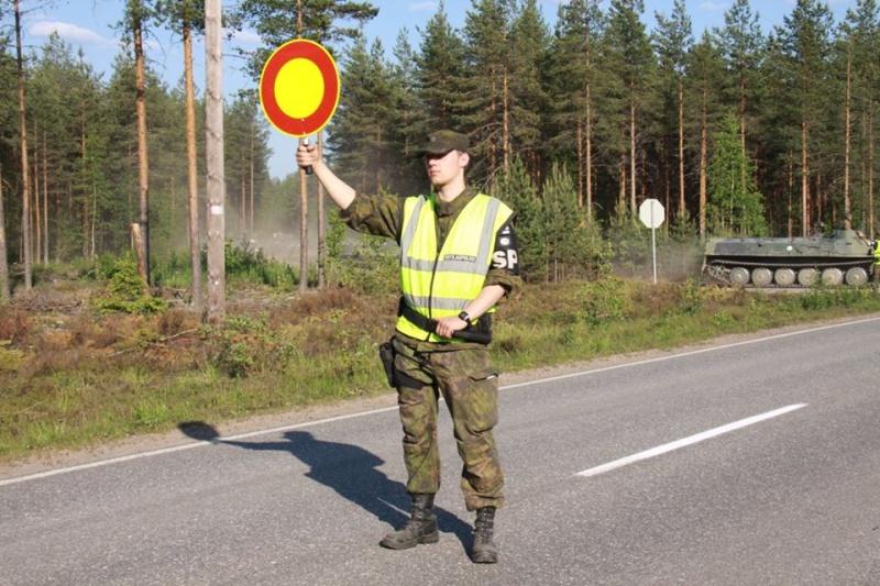 Armée Finlandaise / Finnish Defence Forces / puolustusvoimat - Page 7 3922