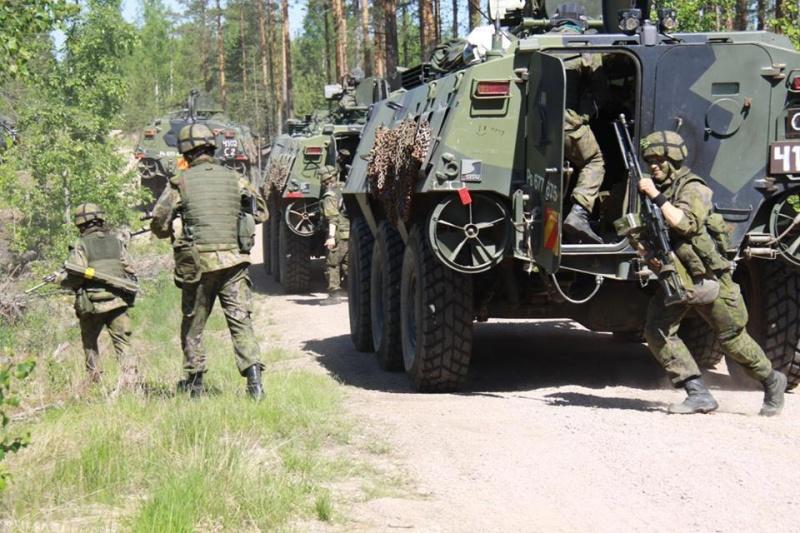 Armée Finlandaise / Finnish Defence Forces / puolustusvoimat - Page 7 4217