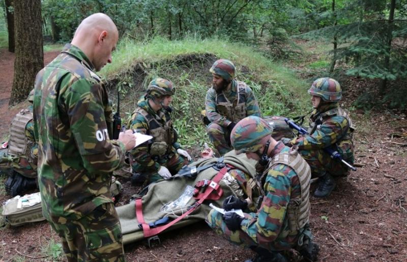Armée Belge / Defensie van België / Belgian Army  - Page 4 4625