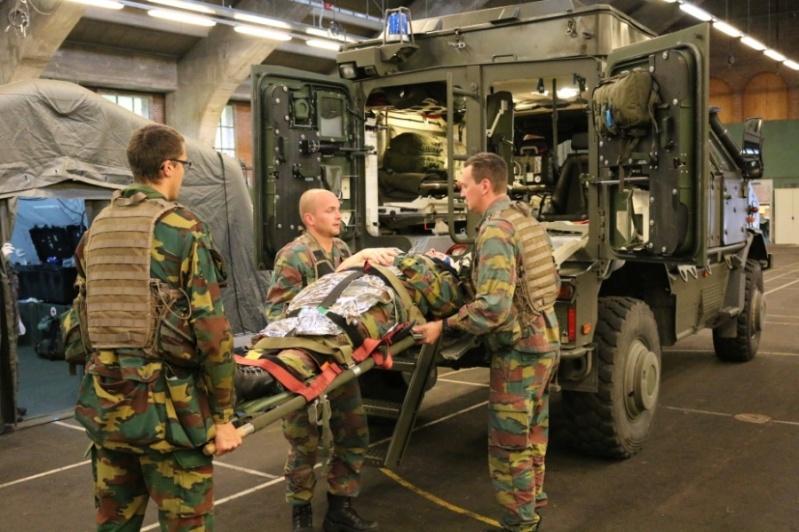 Armée Belge / Defensie van België / Belgian Army  - Page 4 4723