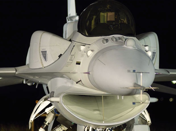 F-16 around the world - Page 32 51104