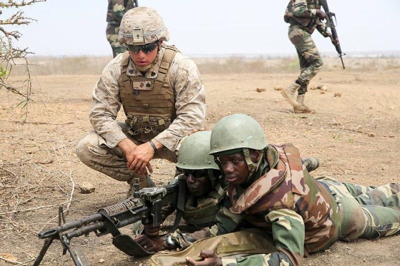 Armée Sénégalaise - Page 7 5155