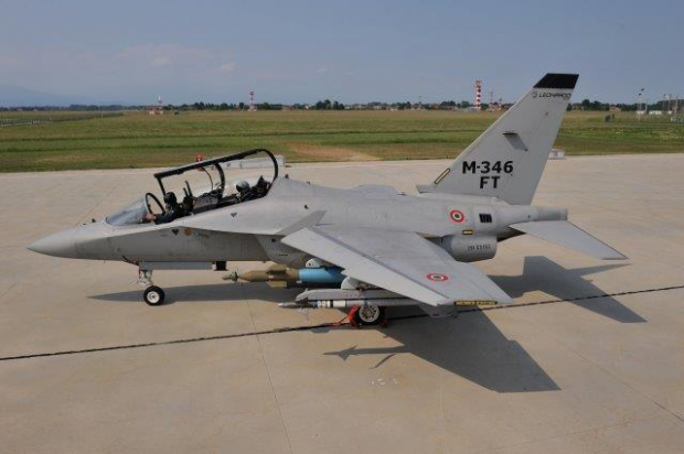 Aermacchi M-346 advanced jet trainer - Page 2 5250