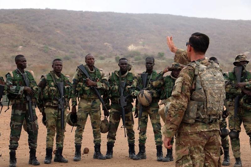 Armée Sénégalaise - Page 7 5290