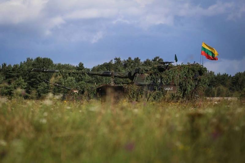 Armée lituanienne/Lithuanian Armed Forces - Page 4 5296