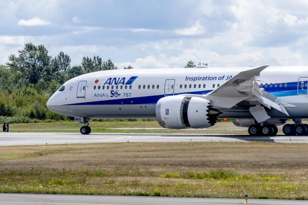 Le Boeing 787 est arrivé - Page 5 53138