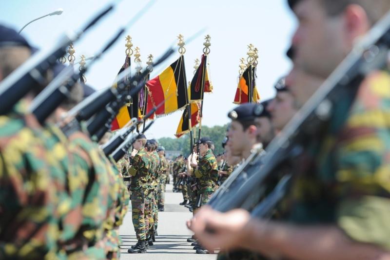 Armée Belge / Defensie van België / Belgian Army  - Page 5 5359
