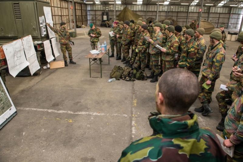 Armée Belge / Defensie van België / Belgian Army  - Page 5 5658