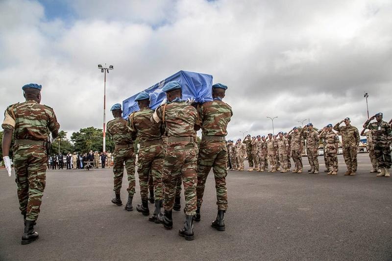 Armée Tchadienne - Page 6 5664