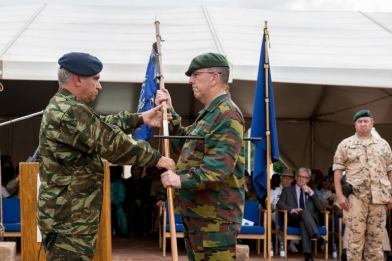 Armée Belge / Defensie van België / Belgian Army  - Page 4 5734