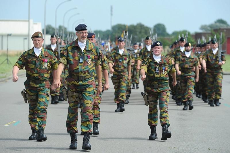 Armée Belge / Defensie van België / Belgian Army  - Page 5 5743