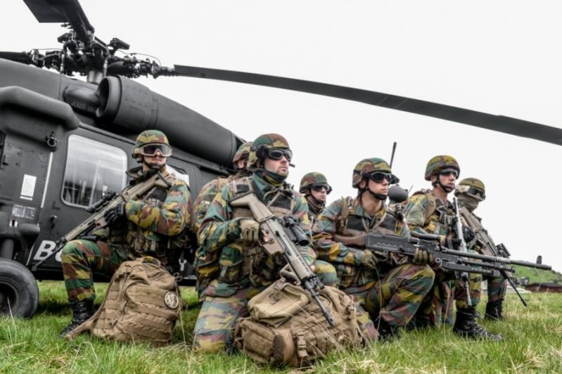 Armée Belge / Defensie van België / Belgian Army  - Page 4 6116