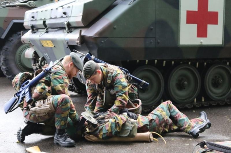 Armée Belge / Defensie van België / Belgian Army  - Page 4 6121