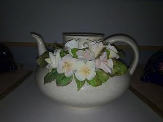 Jarrita decorada con flores 02012010