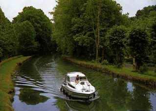 le canal du midi Crownb10