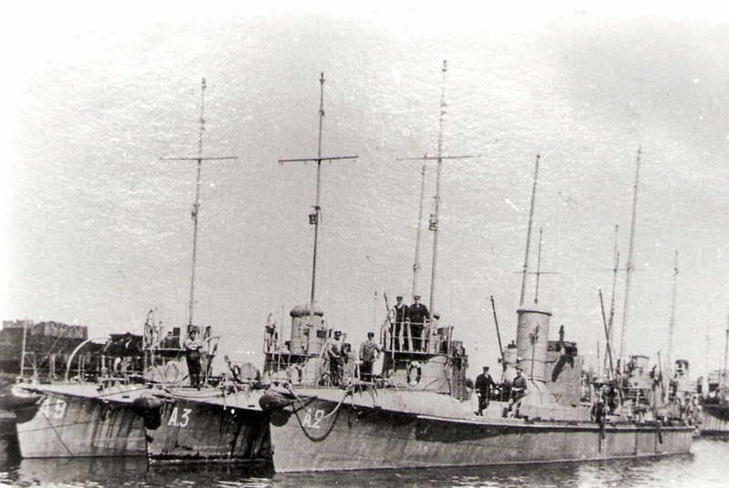 La Flottille du Rhin - Page 17 Torpil10