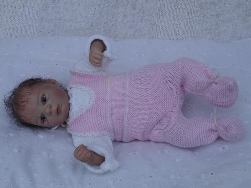 Das Mini -Baby heute im Strampler Dsc02515