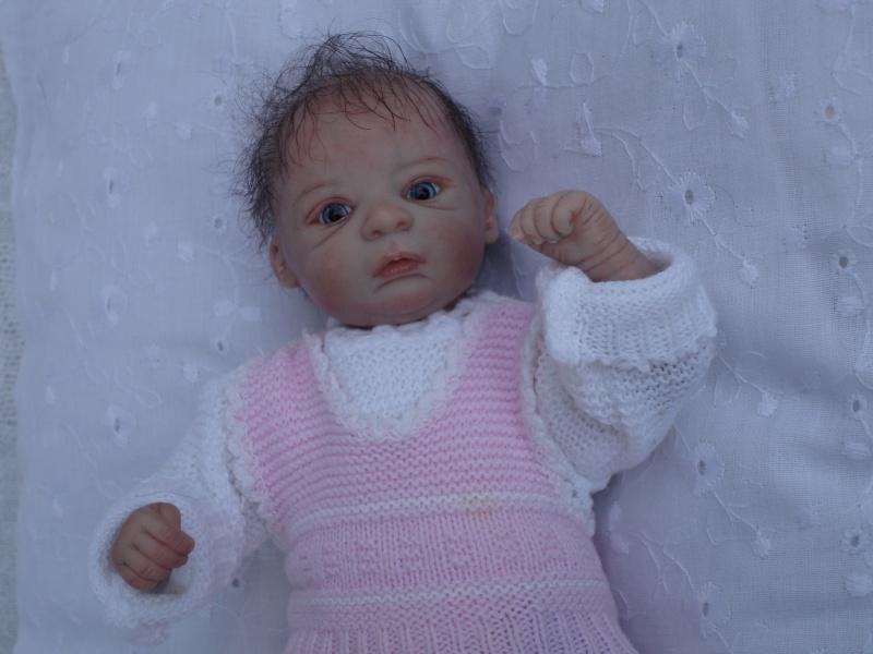 Das Mini -Baby heute im Strampler Dsc02516