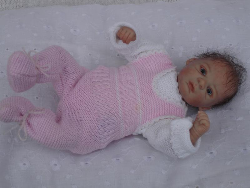 Das Mini -Baby heute im Strampler Dsc02517