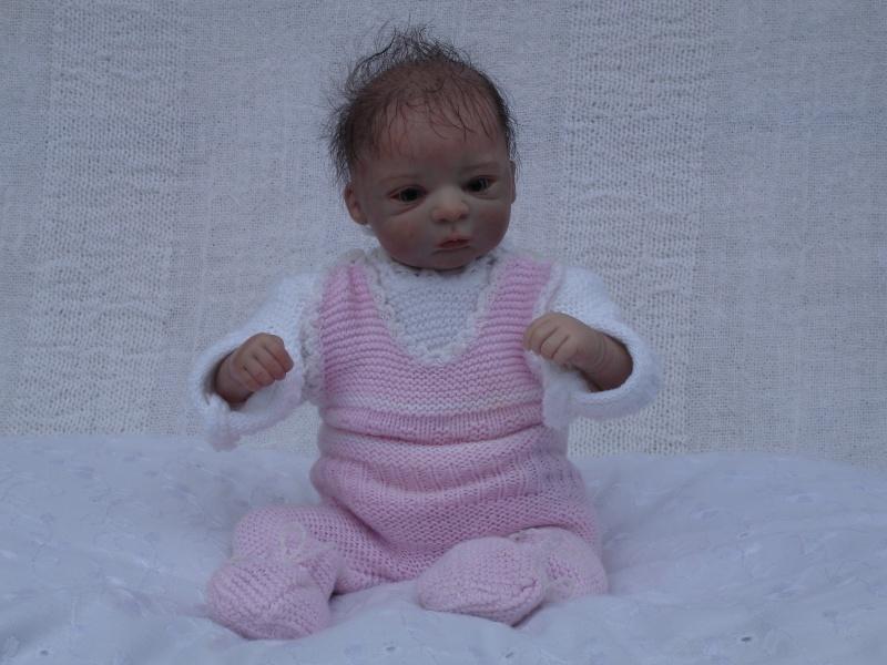 Das Mini -Baby heute im Strampler Dsc02518