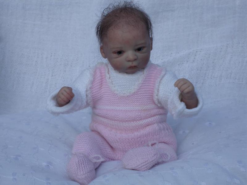 Das Mini -Baby heute im Strampler Dsc02522