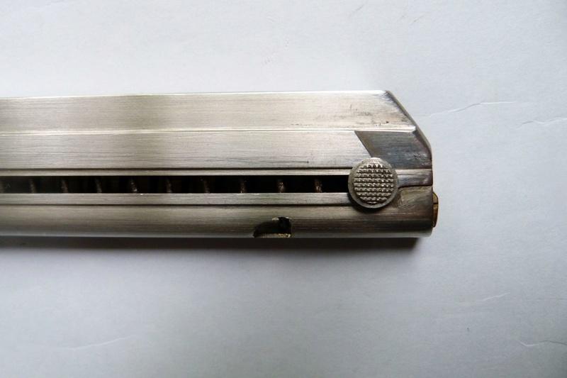 Un chargeur pour Luger...,à grande contenance de cartouches...  P1060113