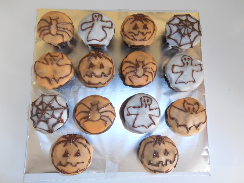 muffins et cupcakes d'halloween - Page 11 Divers10