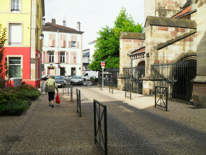 Piétonisation de la Place de l'Atre en une place gourmande - Page 2 Sdc14810