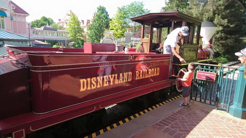 Disneyland® Railroad - Pagina 10 13606610