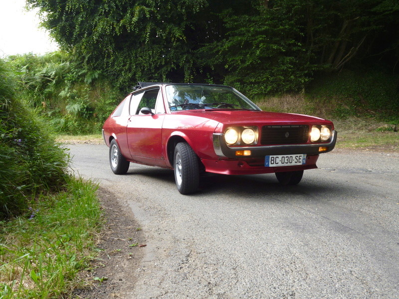 renault 17 decouvrable rouge lucifer  - Page 19 P1010115