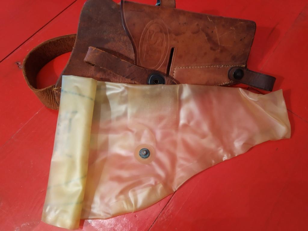 Housse waterproof pistolet 1911a1 Img_2037