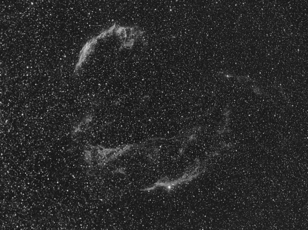 Nébuleuse du voile dans le Cygne à la CCD Integr11